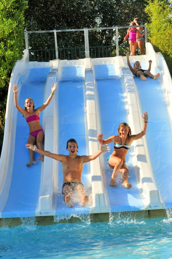 Capfun camping le sagittaire vinsobres for Camping nyons piscine