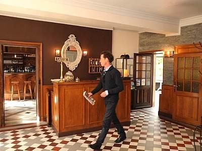 hostellerie de la porte bellon senlis hotel in
