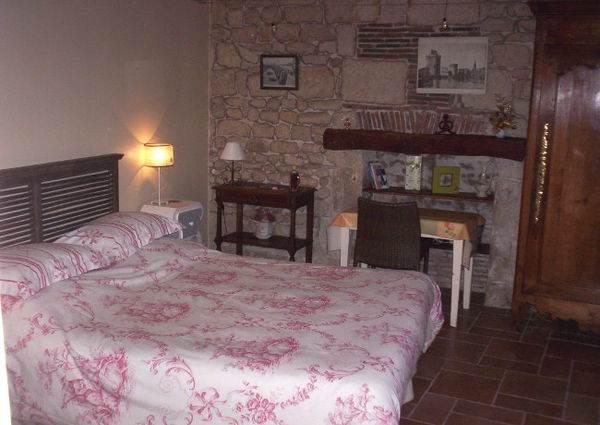 chambre d 39 h tes parfum du sud fontenay le comte. Black Bedroom Furniture Sets. Home Design Ideas