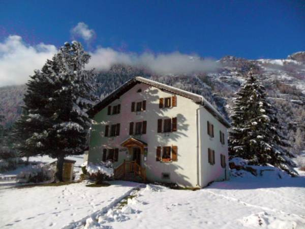 chalet to rent vallorcine chamonix valley