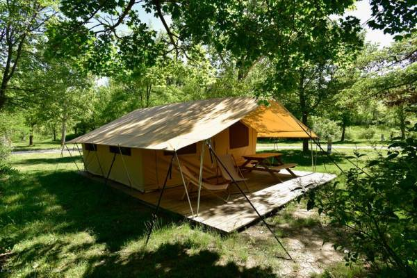 Camping Les Tuillères