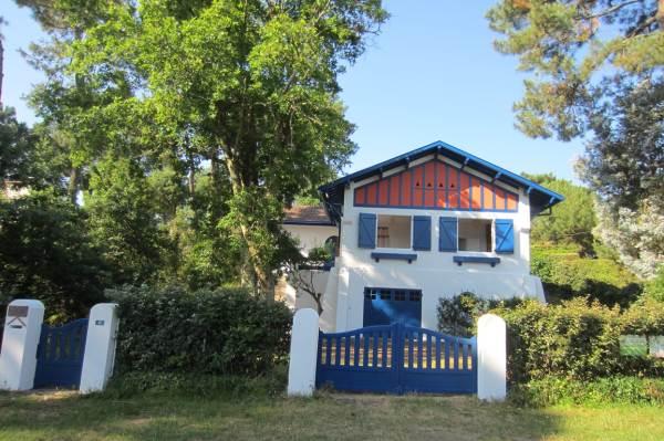 Villa LOUSTAL
