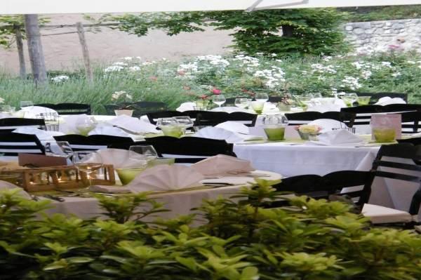 Hôtel des Pins Rest. l'Esprit Jardin