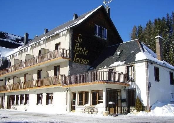 QUALYS-HOTEL Super-Besse Est Auberge de la Petite Ferme