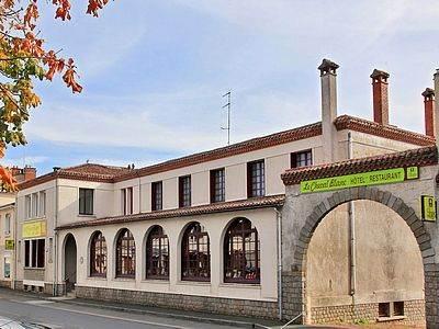 Hôtel le Cheval Blanc