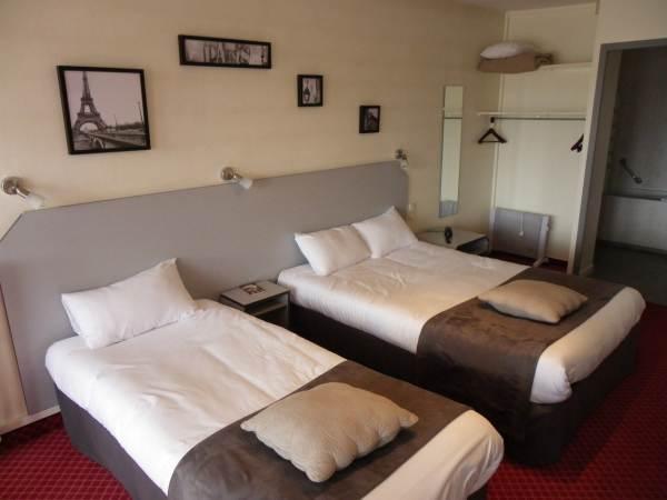 BRIT HOTEL BLEU NUIT - SAINTES