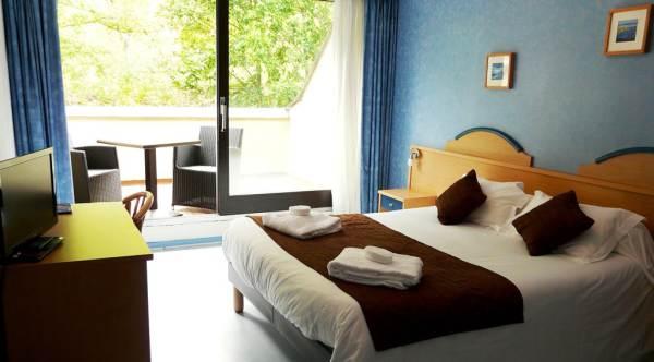 BRIT HOTEL CHAUDES AIGUES - HOTEL DU BAN