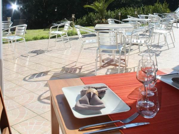 Logis Latitude Ouest Hôtel Restaurant & Spa
