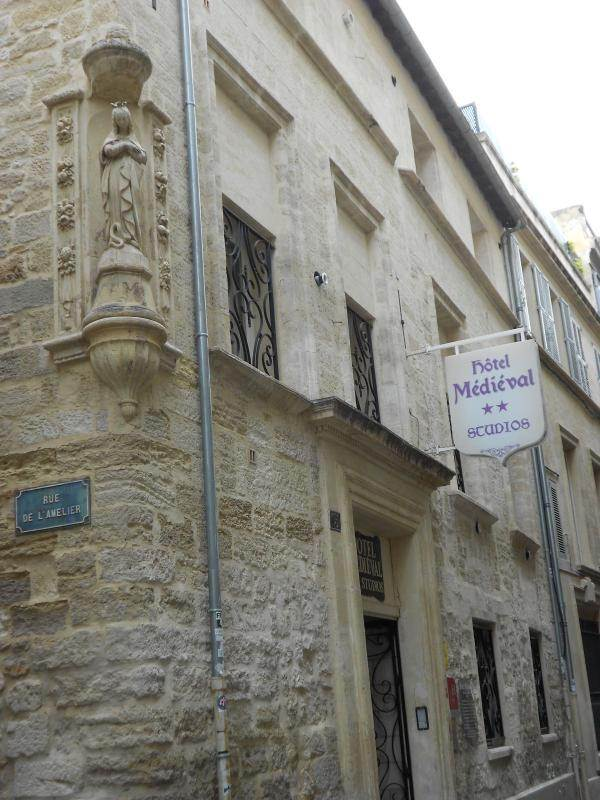 HOTEL LE MEDIEVAL