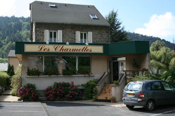 HOTEL LES CHARMETTES