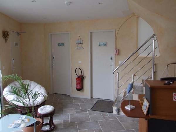 HOTEL-RESTAURANT L'EMERAUDE