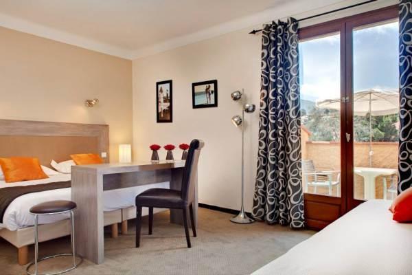 HOTEL LE MADELOC