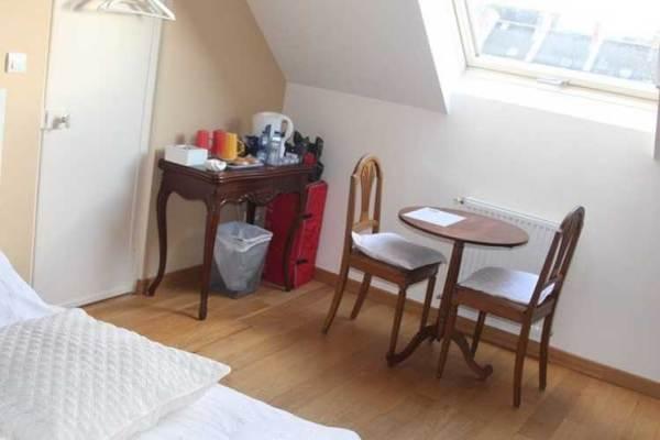 Chambres d'hôtes Gîte de France N°G1111 (Le kiosque)