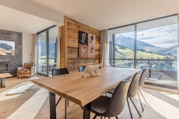 LODGE PERRIERE