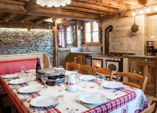 La Villa du Doron - le Chardon Bleu apt 8 à 10 personnes TERMIGNON
