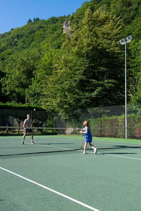 Village Vacances Camboussel - Tennis