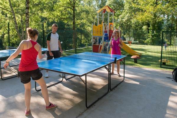 Village Vacances Camboussel - Ping-Pong