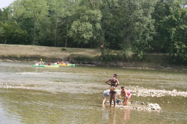 La rivière à 2 kms