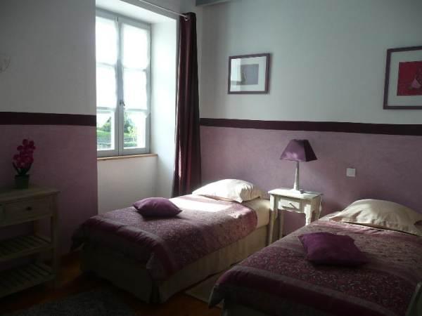chambre myrtille - 1 grand lit couple ou 2 lits séparés