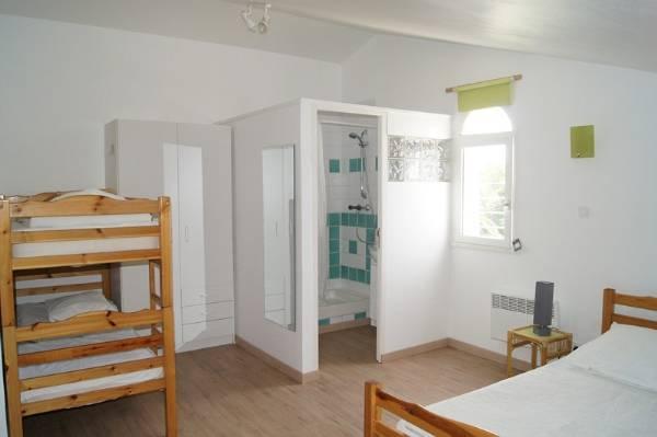chambre 5 pers avec salle d'eau