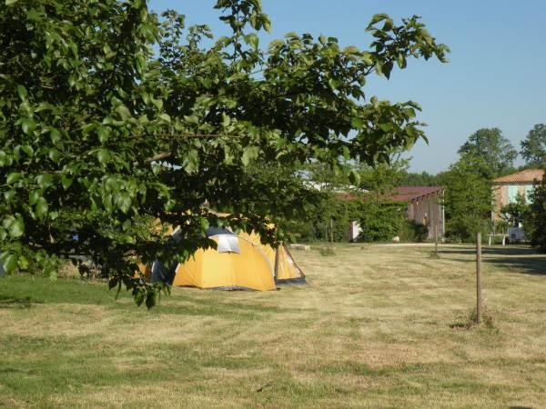 Petit camping de 6 emplacements