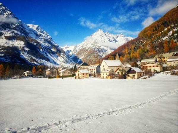le hameau des Borels en hiver