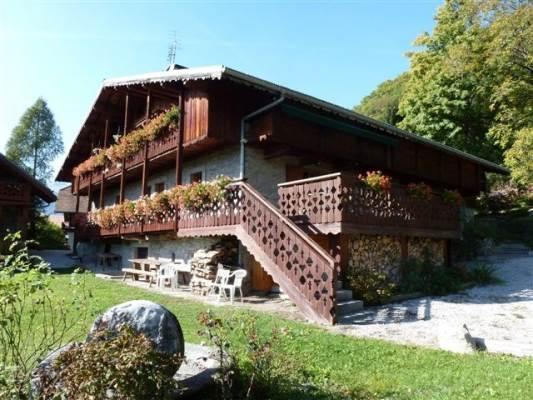 Appartement dans chalet vue Mont Blanc proche Chamonix
