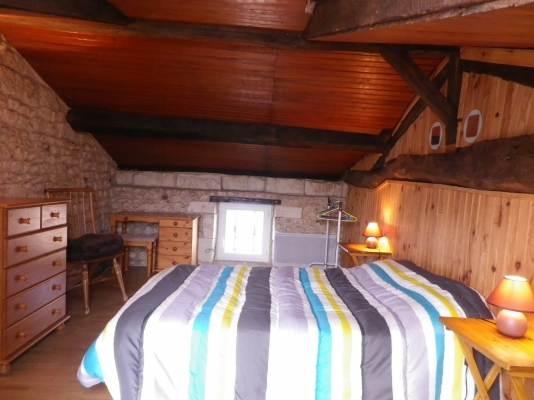 La chambre 4, accès par l'escalier extérieur