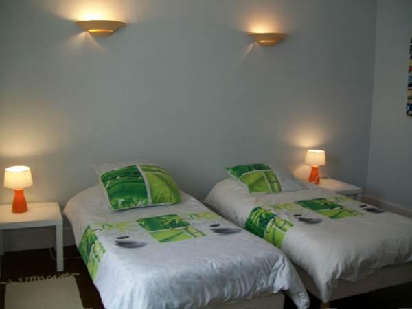 Chambre Montagne Noire, deux lits individuels, 1er étage