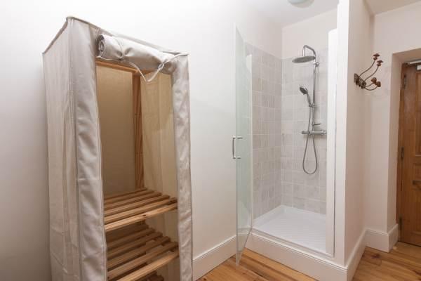 Chambre 6 - douche