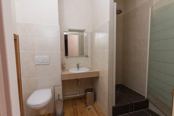 Chambre 8 - salle de bain