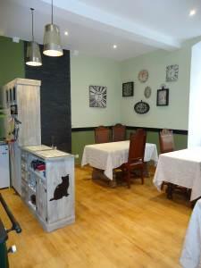 Chambres d'hôtes l'Ancienne Poste / Gîte le Donjon