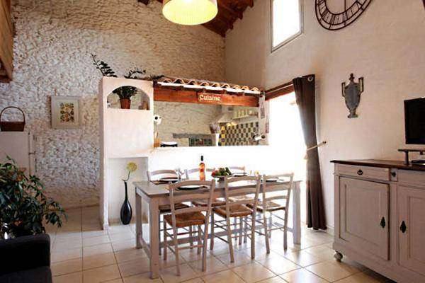 Grand salon sur cuisine ouverte