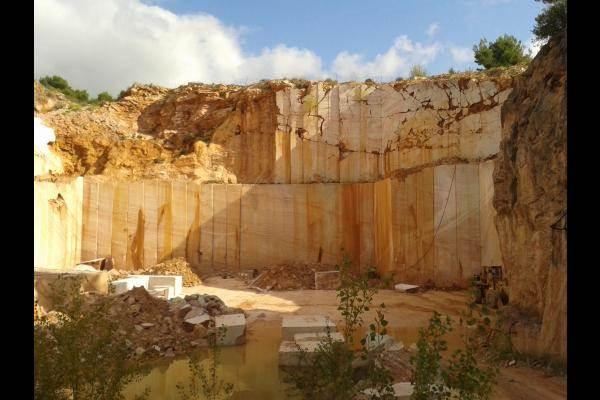 Carrière de marbre Caunes Minervois