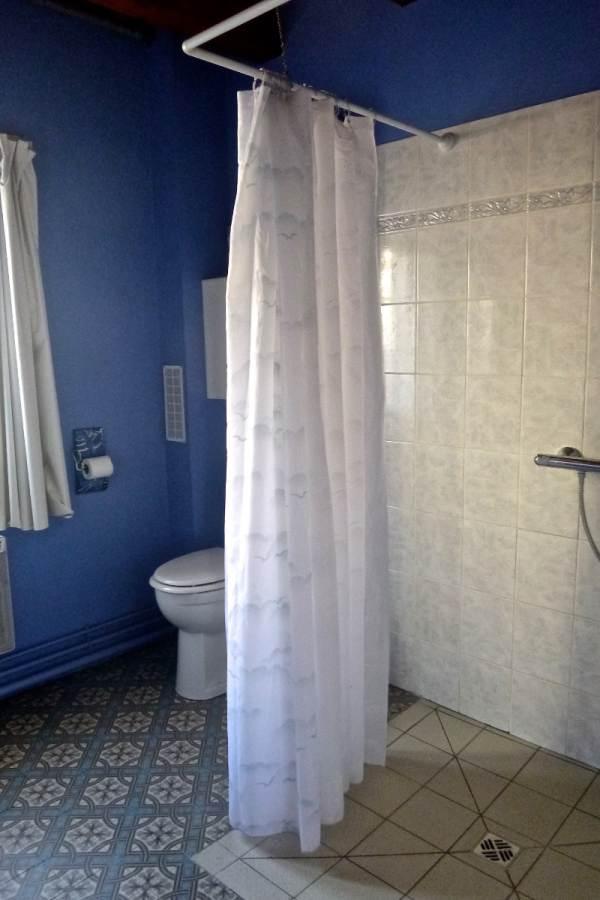 Salle d'eau/wc du rez-de-chaussée