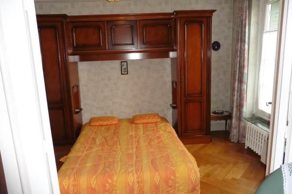Salon avec couchage 2 personnes