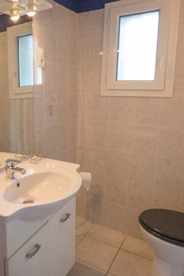 salle de bains (autre vue)