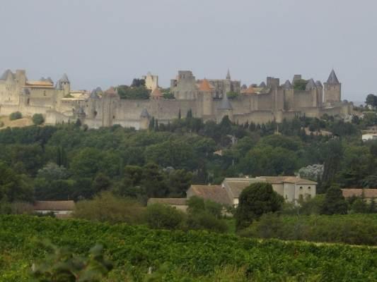 La superbe cité médiévale classée UNESCO à 10 mn en voiture