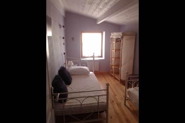 Chambre enfant (2 lits 90)