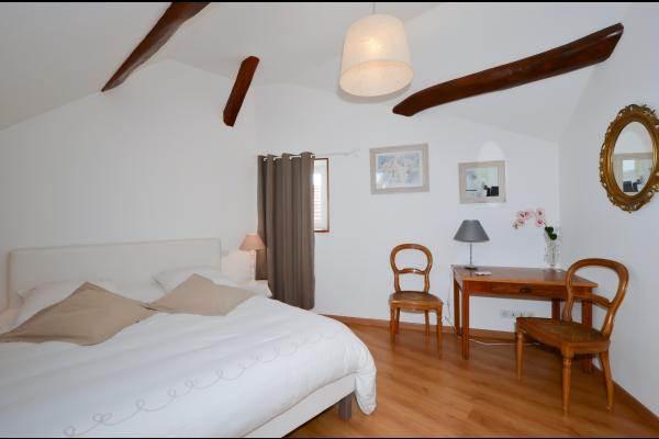 Très belle chambre lumineuse et spacieuse