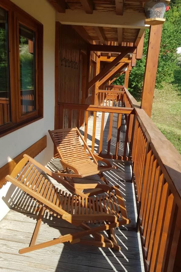 Balcon de l'appartement, plein sud, vue sur la montagne