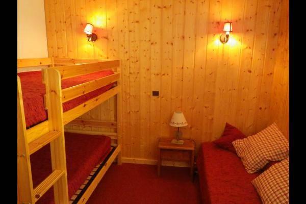 Chambre avec 3 lits simple - appartement les Marches Valmorel (Alpes du Nord - Savoie)