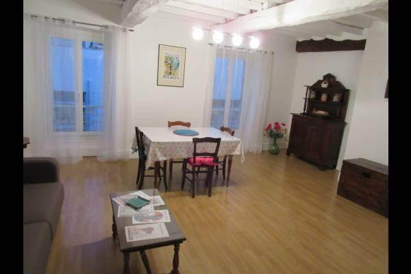 Photo appartement mirande coeur de ville salle de séjour salon