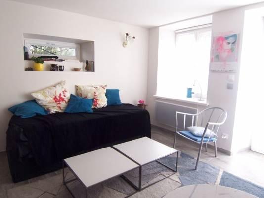 grand studio  pour 2-4 personnes avec séjour (2 lits individuels )