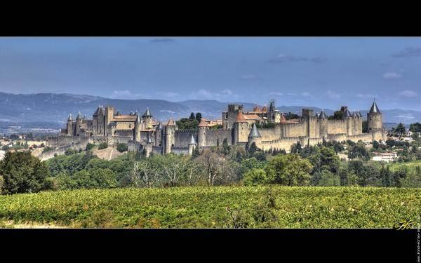 panorama de la cité médiévale