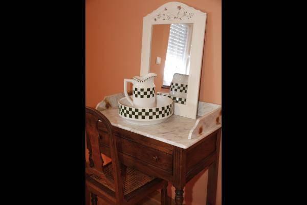 Décoration avec meubles anciens de qualité
