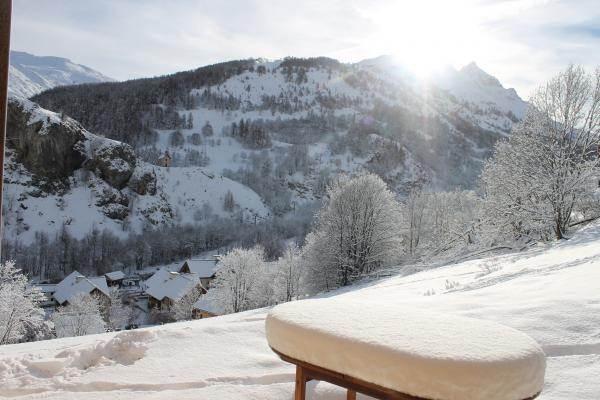 """départ skis aux pieds accès TS de """"Moulin Benjamin"""""""