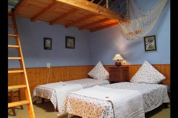 Chambre avec 2 lits 80 et mezzanine