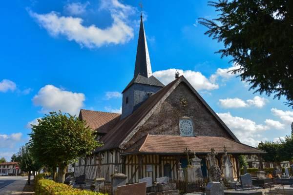 Les Eglises à pans de bois, une architecture typique à découvrir
