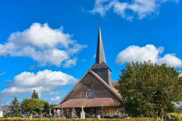 Itinéraire des églises à pan de bois à découvrir